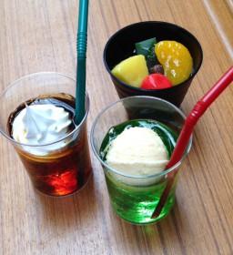 クリームソーダ・コーヒーフロート・みつまめ食品サンプル